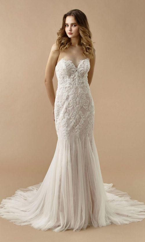 Beautiful by Enzoani Wedding gown dress BT20-20