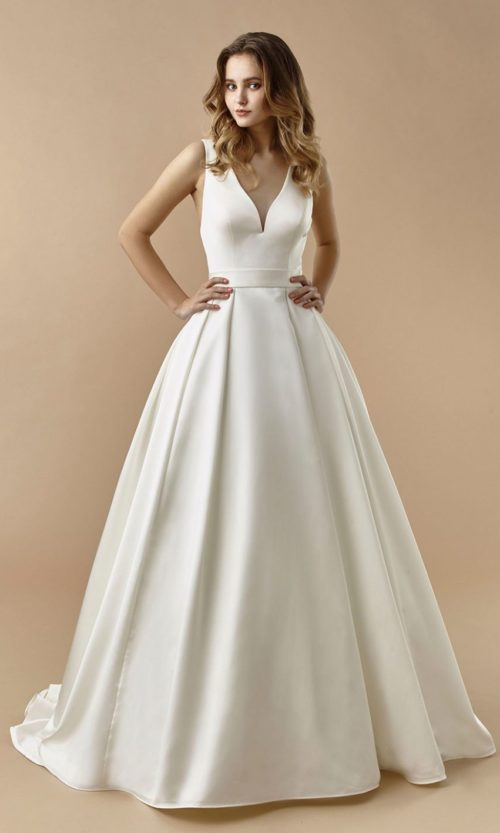 Beautiful by Enzoani Wedding gown dress BT20-23