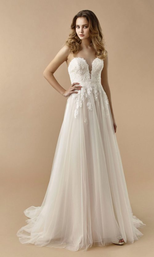 Beautiful by Enzoani Wedding gown dress BT20-24