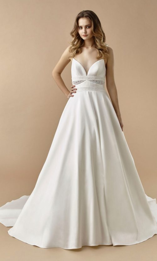 Beautiful by Enzoani Wedding gown dress BT20-25