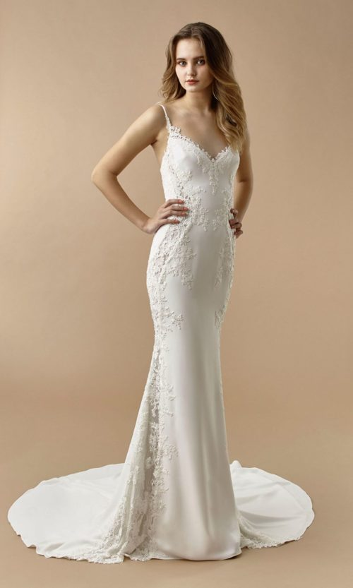 Beautiful by Enzoani Wedding gown dress BT20-27