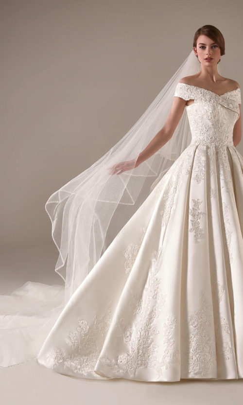 Emma Wedding Dress Gown from Pronovias Privee Collection