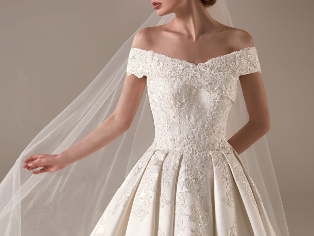 Emma Wedding Dress Gown from Pronovias Privee Collection 2