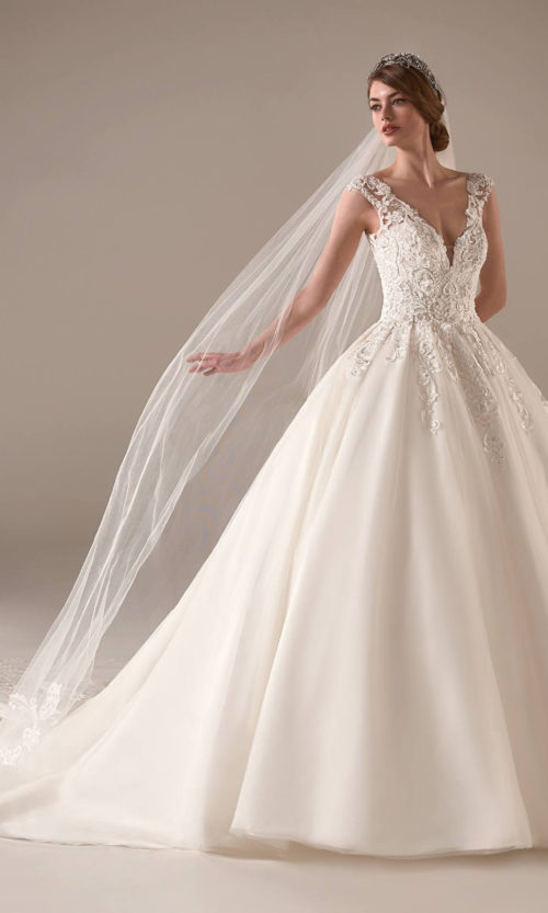 Indra Wedding Dress Gown from Pronovias Privee Collection