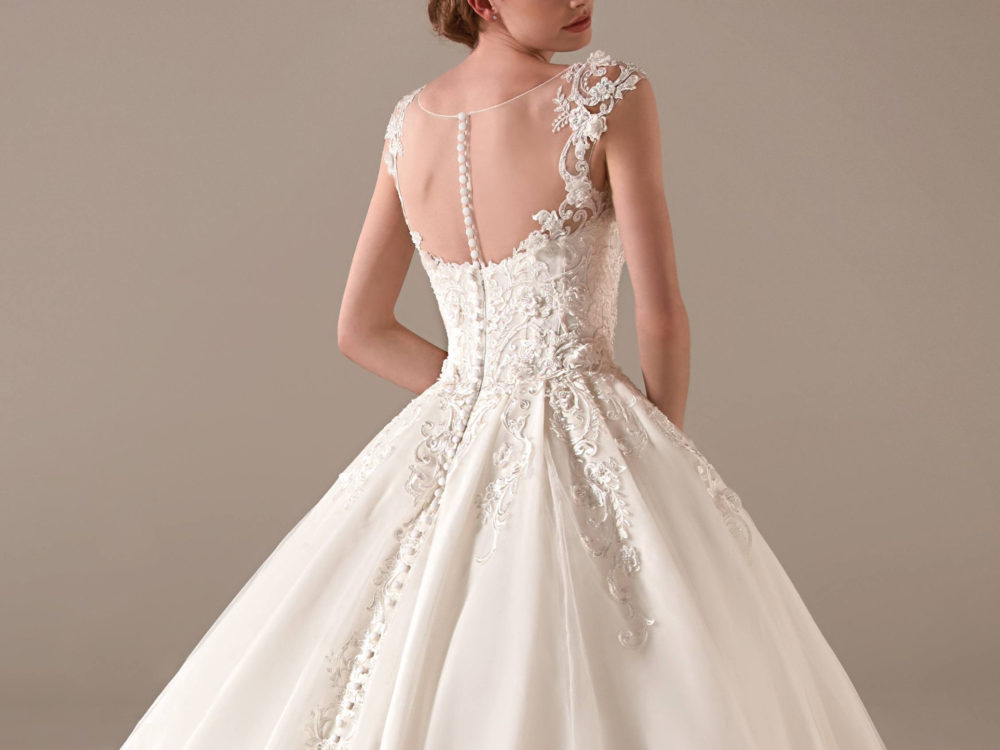 Indra Wedding Dress Gown from Pronovias Privee Collection I