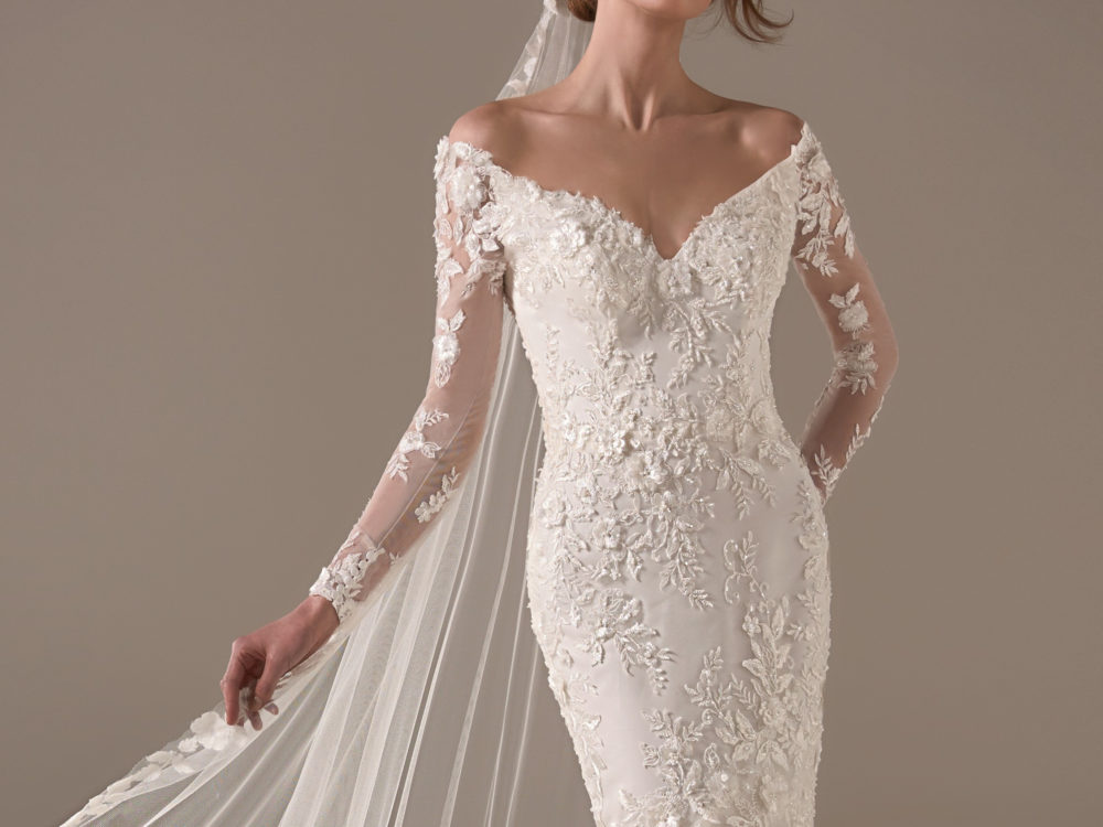 Kamala Wedding Dress Gown from Pronovias Privee Collection H