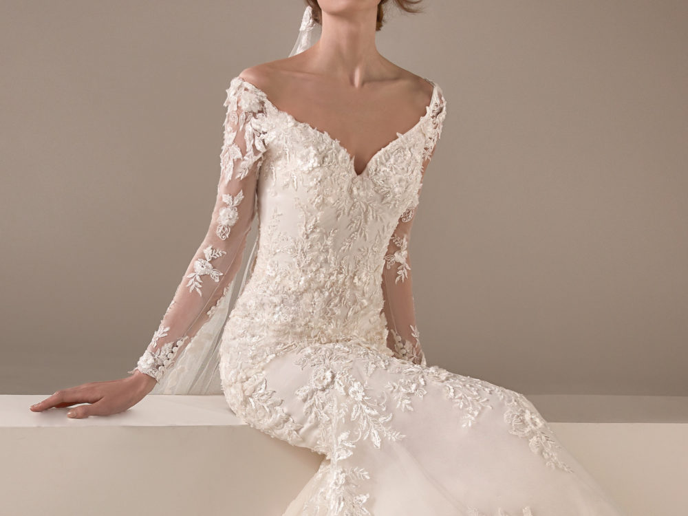Kamala Wedding Dress Gown from Pronovias Privee Collection J