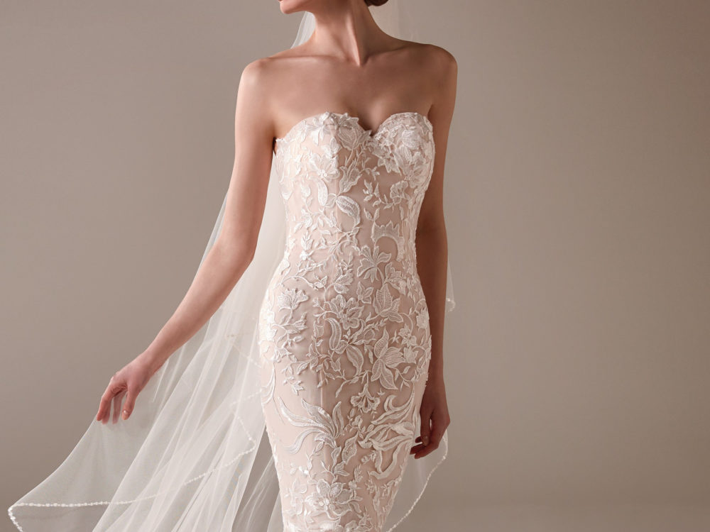 Madeleine Wedding Dress Gown from Pronovias Privee Collection H