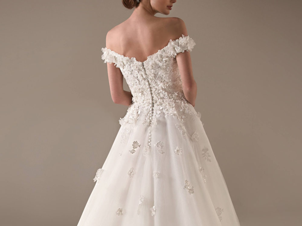 Michelle Wedding Dress Gown from Pronovias Privee Collection I
