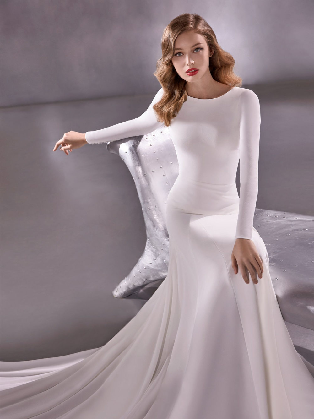 Pronovias Star Moon River Wedding Gown Dress 2020 Atelier Collection front detail