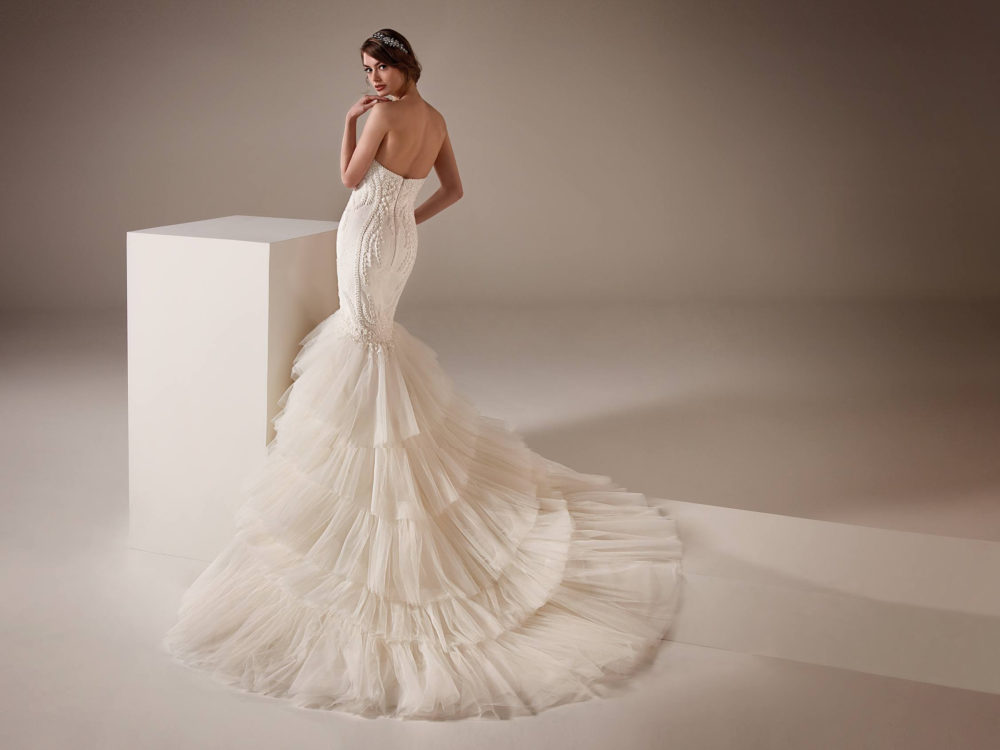 Serena Wedding Dress Gown from Pronovias Privee Collection C