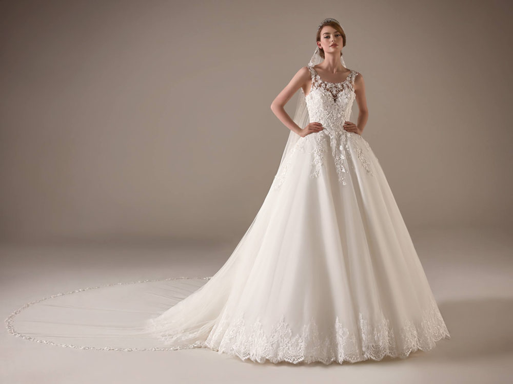 Ursula Wedding Dress Gown from Pronovias Privee Collection