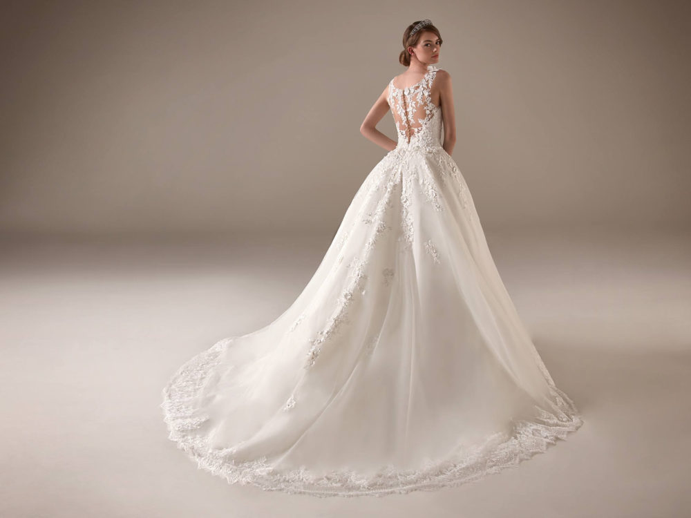 Ursula Wedding Dress Gown from Pronovias Privee Collection C