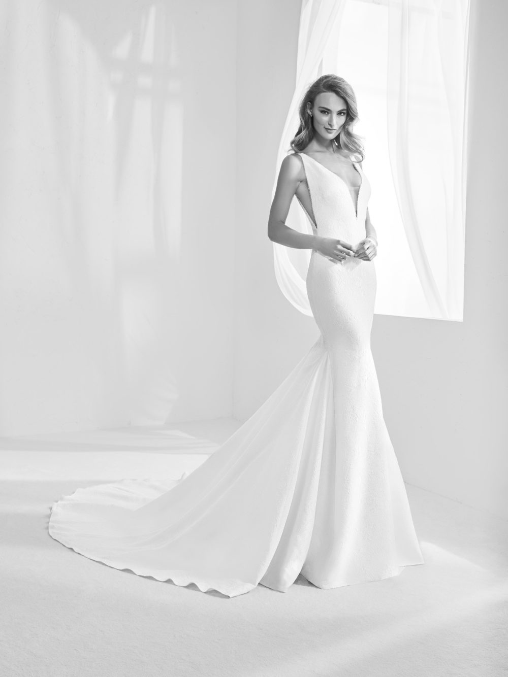 Pronovias Racimo Wedding Gown Dress 2020 Atelier Collection black and white